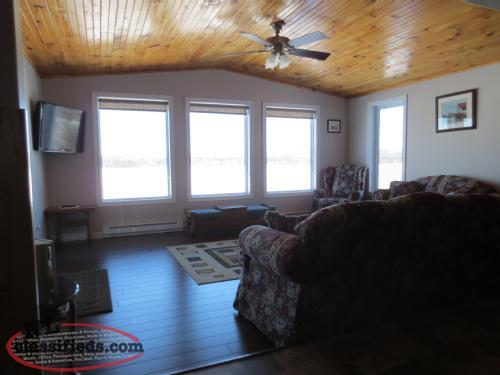 Cabin for Short Term Rental on the Exploits River !!