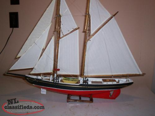 model Banks schooner L.A. Dunton fully rigged.Overall size 32x 24.r