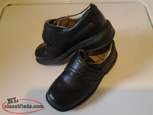 black velcro strap dress shoe boy's size 12