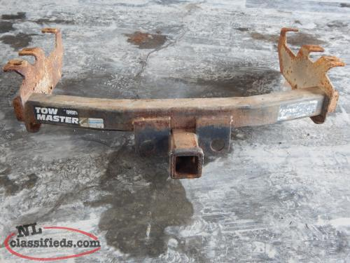 TRAILER HITCH FOR CHEV /GMC