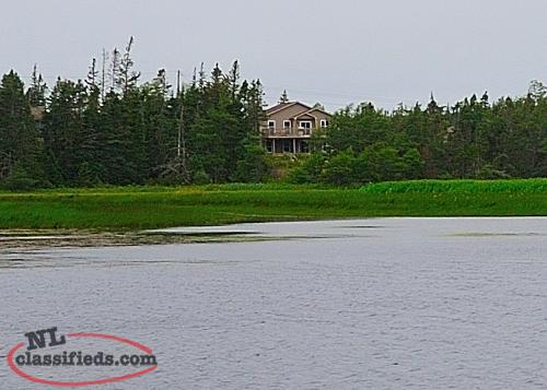 Waterfront!!! Beautiful home on Blaketown pond