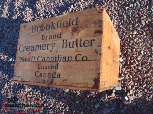 old brookfield wooden box