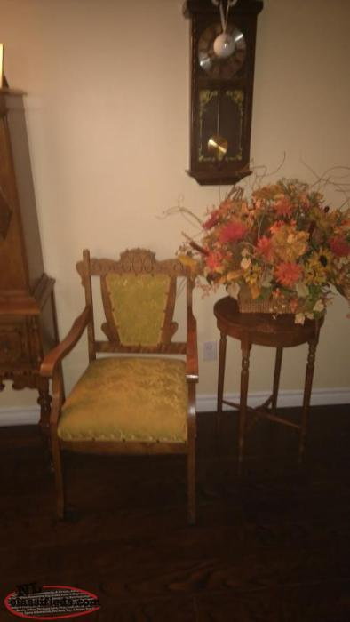 ANTIQUE PARLOUR SET