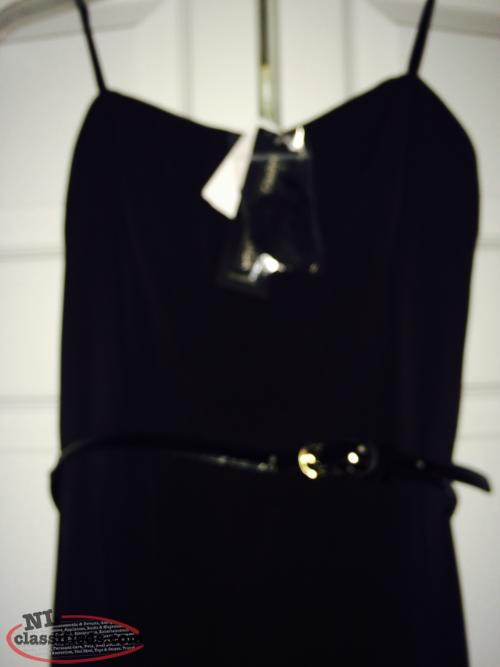 Le Chateau sleevless jumper - NEW WITH TAGS