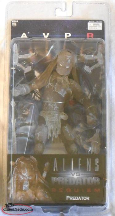 "ALIENS VS PREDATOR REQUIEM WOLF CLOAKED PRED. 7"" ACTION FIGURE"