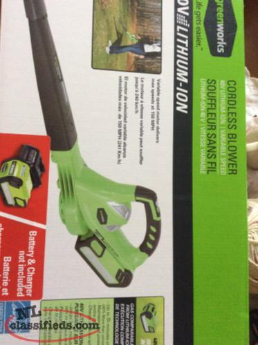Green works 40V lithium-ion cordless blower