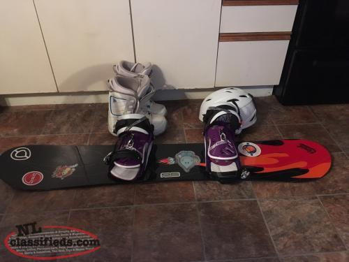 Snowboard with new bindings,helmet and boots 6