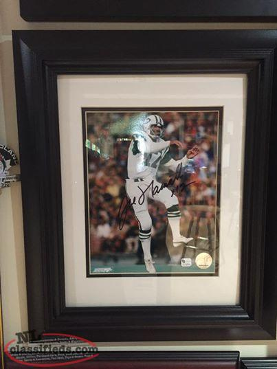Joe Namath signed/framed New York Jets Football picture with COA