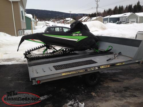 Price drop!!!!M1100 turbo HCR will trade for wide track utility sled