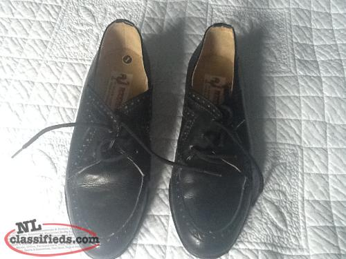 BOYS BLACK SIZE 1 DRESS SHOE
