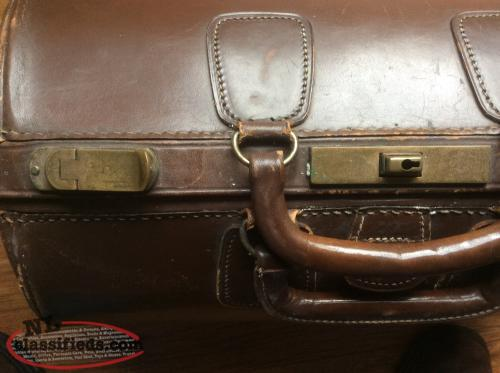 Probably a Doctor's leather briefcase