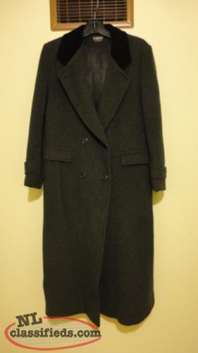 Karen - Grey Heavy Wool Coat, size 14, double breasted, smoke-free