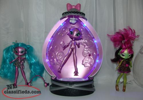 Novi Star Light up Energy and Pod,Talking Dolls, Headphones