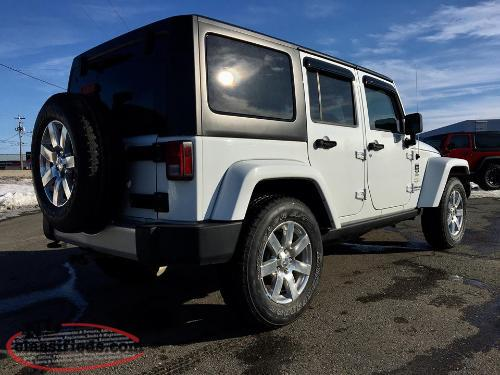 2015 JEEP WRANGLER UNLIMITED SAHARA 4X4 - 6 SPEED STANDARD; $218 BW!!!