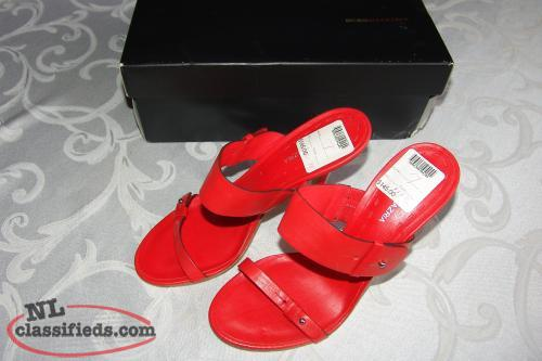 Ladies Red Sandals New Size 7 BCBG Max Azria Shoes Red $145 US