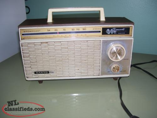 vintage sanyo am radio