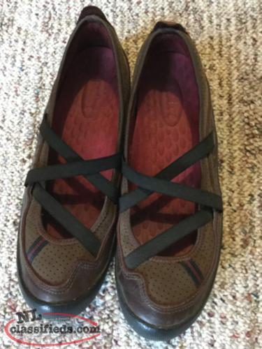 PRIVO women's leather shoes size 8.5