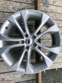 "Set of 19"" Alloy Ford Taurus Wheels"