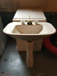 Pedestal sink and faucet (Used)