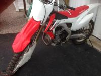 2014 Honda CFR 450r dirt bike