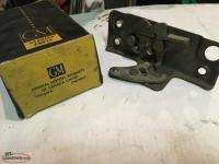 GM 55-65. Door latch and lock for CHEV. GMC. P/U. NOS