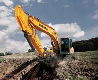 "Hyundai Excavators ""Year End Model Clearance Now On"""