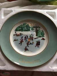 Old vintage collectors Avon plate