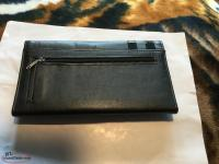 New multi compartment wallet black