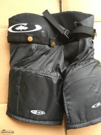 Hockey pants(size M)