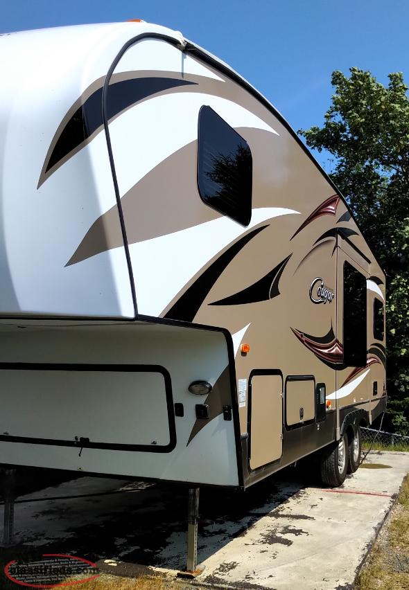 Cougar 25RKS fifth wheel 2015
