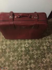 USED LUGGAGE AND GARMENT BAGS