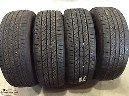 P235/65R17 Kumho Crugen All Season Tires (Excellent Condition)