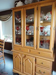 Oak DIning Set - 6 Chairs with table and cabinet