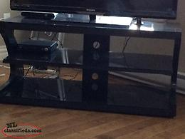 Black glass TV entertainment stand, excellent condition $100