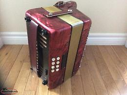 Hohner Club III M Deluxe button accordion. CF.