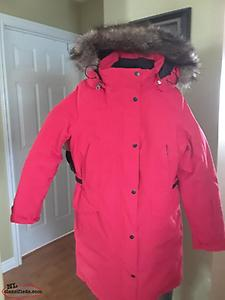 New North Face Ladies Winter Coat Sz Med and Ladies New Leather Winter Boots