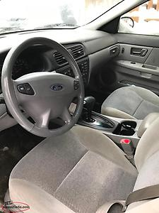 2001 Ford Taurus Auto No body rust