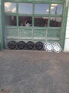 for sale 4 17 inch rims and 4 hub caps