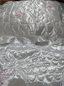 New Double Satin Bedspread with 2 Pillow Shams