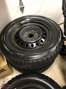 225 65r17 Bridgestone WS70 tires and rims