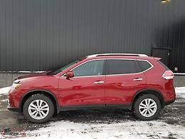 2016 Rogue SV AWD - Certified Pre-Owned 47,000 KMs