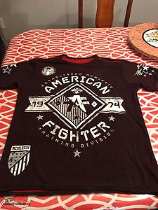 Men's American Fighter Reversible T Shirt Size Small