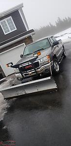 2006 GMC Seirra 4x4 With Sno way plow