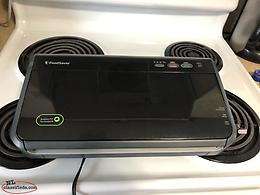 FOOD SAVER VACUUM SEALER