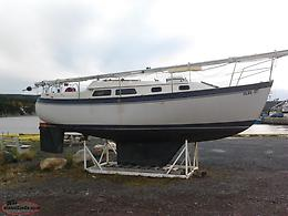 Halman 27 Sailboat