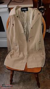 Excellent Condition-Women's Jacket -Size M - $15