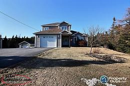 Amazing 4 bdrm/4.5 bath home on almost 1 acre