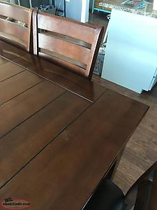 Med. Oak Table And Chair Set With Bench