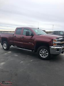 2015 chevy LT 2500 HD 4x4 in mint condition with 28000kms (REDUCED PRICE)