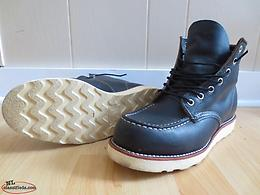 Red Wing 8890 boots in Charcoal Size 8D - Made in USA!